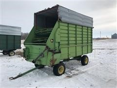 John Deere 714 Silage Wagon