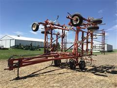 Wil-Rich 4400 Chisel Plow