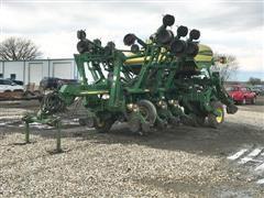2004 John Deere 1790 12/23 Planter