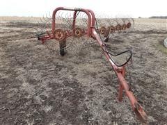 Gehl 207 Wheel Rake
