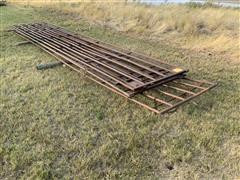 Continuous Livestock Fence Gates