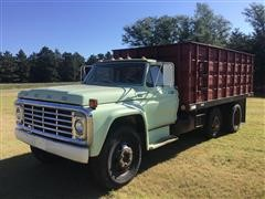 1973 Ford F600 T/A Grain Truck