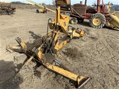 International 3082 3-Pt Backhoe