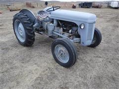 1953 Ferguson T0-30 2WD Tractor