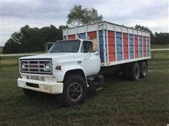1975 GMC 6500 T/A Grain Truck