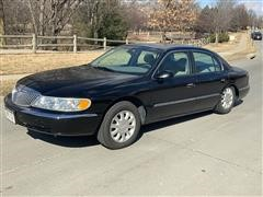 2002 Lincoln Continental 4-Door Sedan