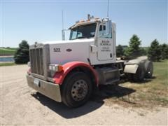2005 Peterbilt 378 Daycab T/A Truck Tractor