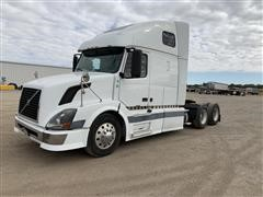 2005 Volvo VNL64T T/A Truck Tractor