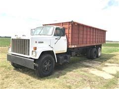 1985 GMC Brigadier T/A Grain Truck