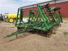 John Deere 24' 722 Mulch Finisher