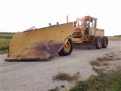 John Deere 770BH Motor Grader W/Plow & Snow Wing