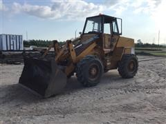 Case W18 Wheel Loader