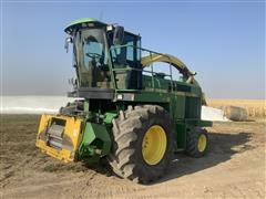 1995 John Deere 6910 Forage Chopper