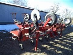 2001 Case IH 1830 Row Crop Cultivator