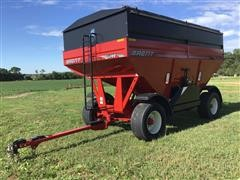 2010 Brent Unverferth 744 Gravity Wagon