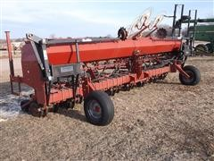 Case IH 5400 Soybean Special 3 pt Drill
