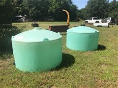 550 Gallon Poly Liquid Tanks