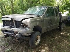 2004 Ford F250 XLT Extended Cab 4x4 Pickup For Parts