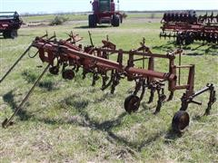 International 661 Front Mount 6R30 Cultivator