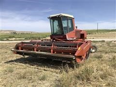 Hesston 6550 Windrower