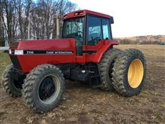 1989 Case IH 7110 Magnum MFWD Tractor