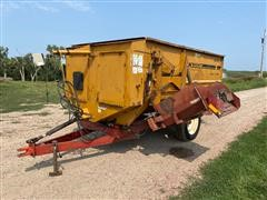 Knight 3030 Reel Auggie Feeder Wagon