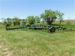 John Deere 1000 36' Field Cultivator