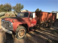 1974 Ford F600 S/A Grain Truck