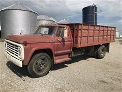 1975 Ford F600 Grain Truck