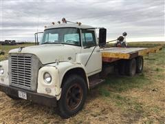 1965 International Loadstar 1600 T/A Flatbed Truck With Hoist