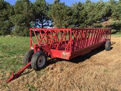 Apache WFW20A1 Hay Feeder Wagon