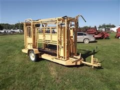 For-Most 450 Portable Squeeze Chute