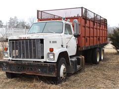 1976 GMC Brigadier T/A Grain Truck