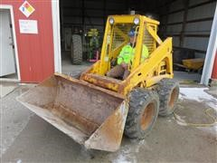 1990 Ford New Holland L553 Skid Steer