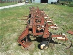 International Harvester 153 6x30 Vibra-Shank Row Crop Cultivator
