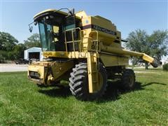 1997 New Holland TR98 4x4 Combine