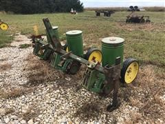 John Deere 71 3R30 Plot Planter