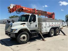 2005 International 7400 T/A Digger Derrick Truck