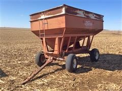 Demco 300 Bu Gravity Wagon