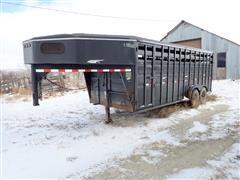 2002 Titan 6x20 T/A Livestock Trailer
