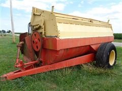 New Holland Flail Type Manure Spreader