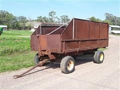 Oliver 5026C Forage Wagon
