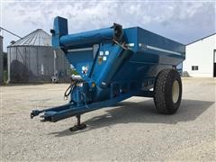1990 Kinze 640 Grain Cart