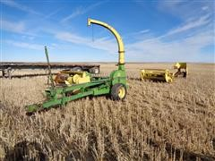 John Deere 3800 Forage Harvester With Heads