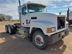 2001 Mack CH T/A Truck Tractor For Parts