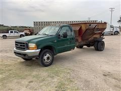 2000 Ford F550 Feed Truck