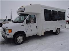 2003 Ford E-450 Bus