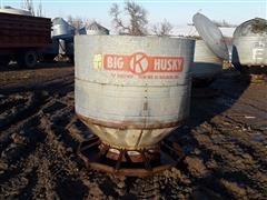 Big Husky 60-Bushel Feeder