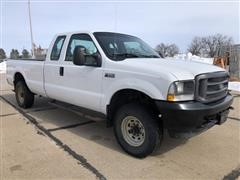 2004 Ford F250 XL Super Duty 4x4 Extended Cab Long Box Pickup