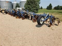 "Blu-Jet 13 Shank 30"" Spacing Anhydrous Ammonia Applicator"